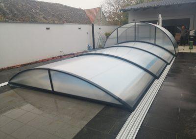 Zastřešení bazénu Poolor Lokomotiva antracit
