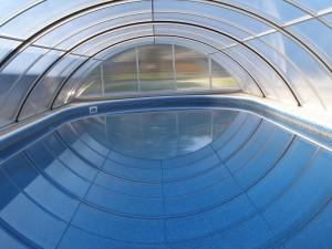 Zastřešení bazénu uvnitř